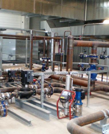 Stahlbau und Rohrunterstützungen